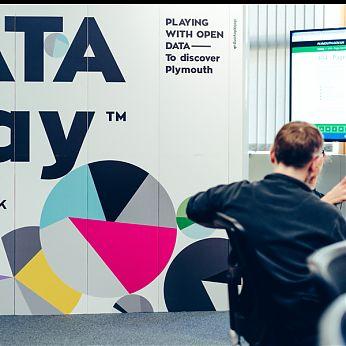 DATA Play 5