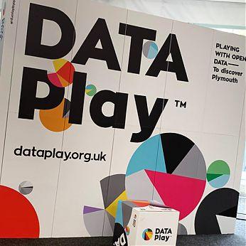 DATA Play 10